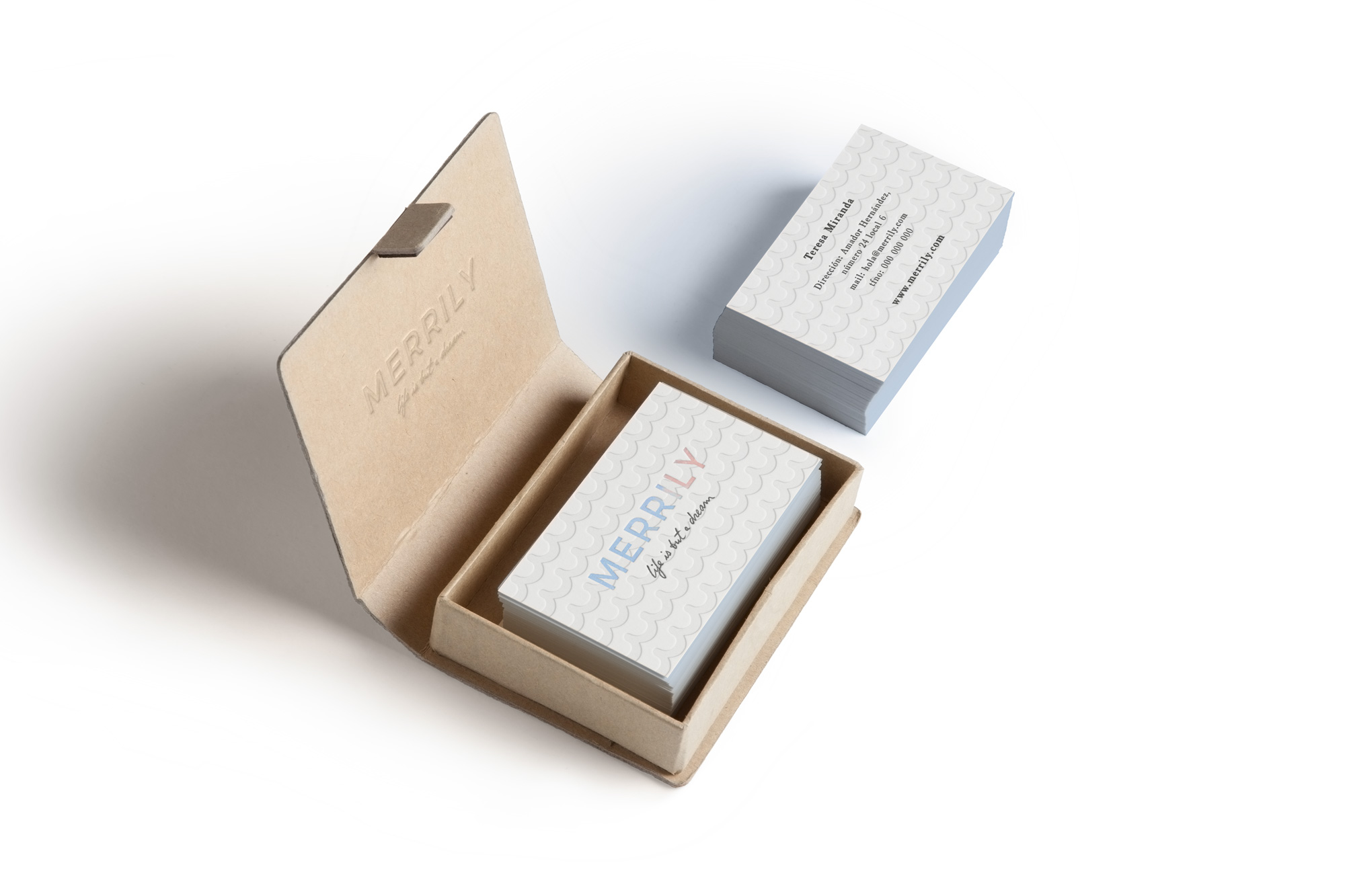 Mockup-Merrily-tarjetas